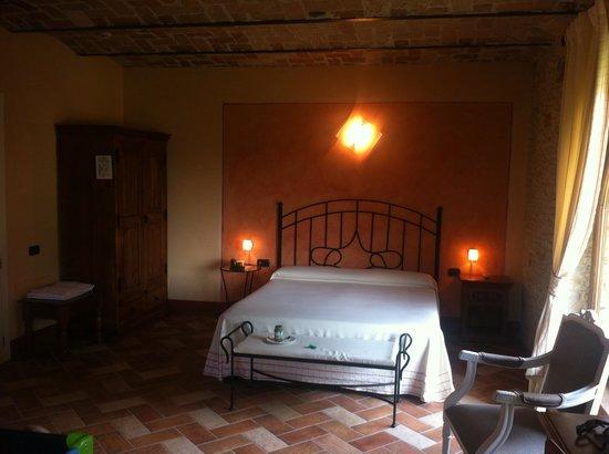 Hotel Relais Montemarino: Chambre suite