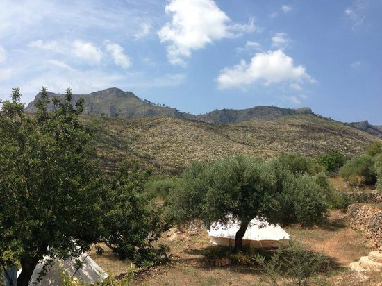 Yoga Holidays Spain - Casa de Carrasco: 2 of the safari tents