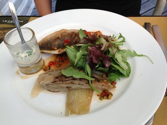 Restaurant L'insensé : dorade with fenil