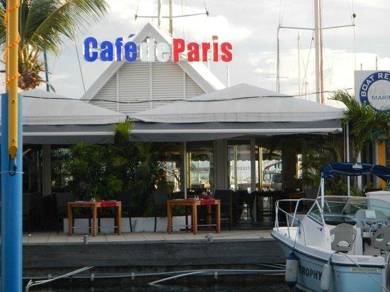 Cafe de Paris : Front of Cafe