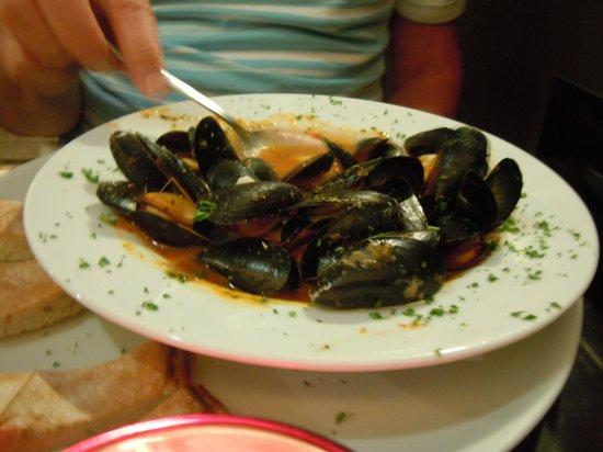 Italian Diva: Mussels
