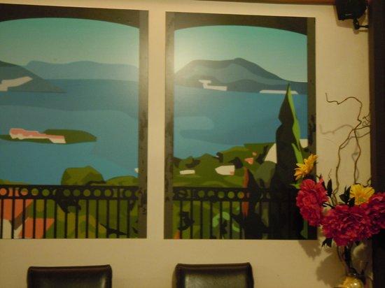 Italian Diva: Diva mural