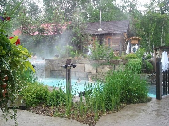 Scandinave Spa at Blue Mountain: Hot spa