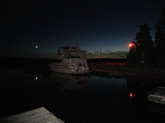 White Sea Resort: the last dance at dock