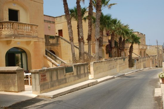 Village Ta' Sbejha : Ta Sbejha Main Entrance