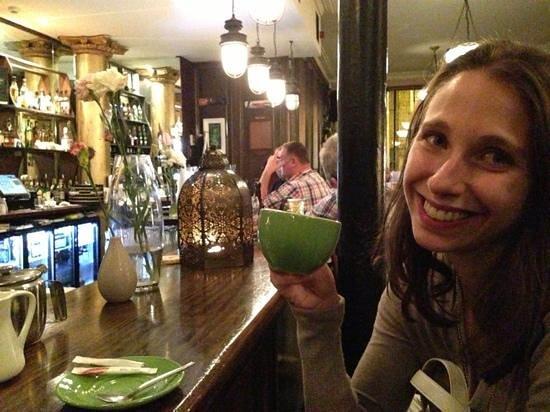Arthur's Pub: tea?!?!?