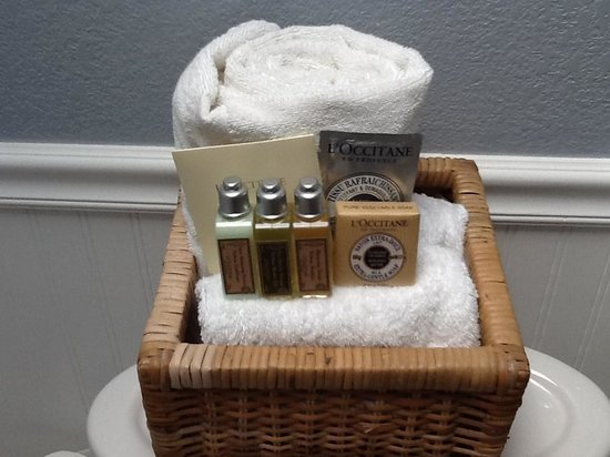The Craftsman Inn: Bath amenities