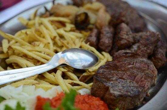 Ostarija Osojnak : meat plate