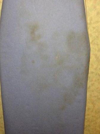 Americas Best Value Inn: Ironing board