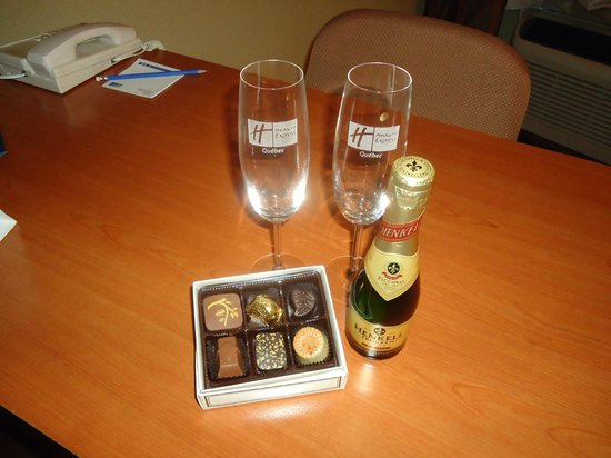 Holiday Inn Express Quebec City (Sainte-Foy) : Chocolat & Champagne en forfait