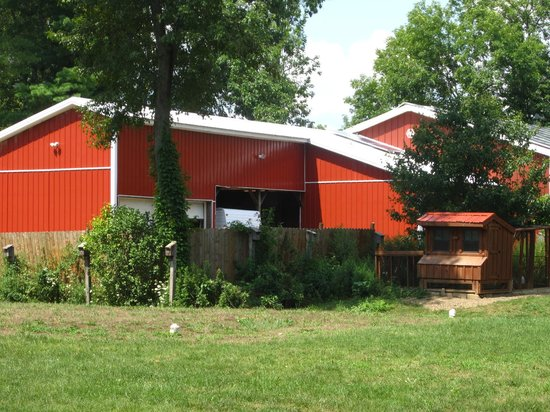 The Raritan Inn at Middle Valley : chicken coops