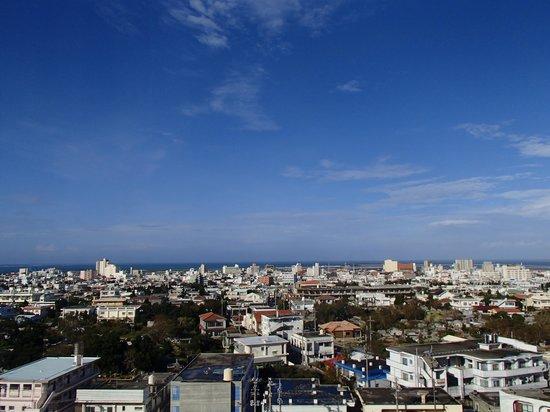 ART HOTEL Ishigakijima: ホテルの窓からの眺め