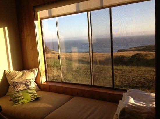 Sea Ranch Lodge: Ocean-facing room