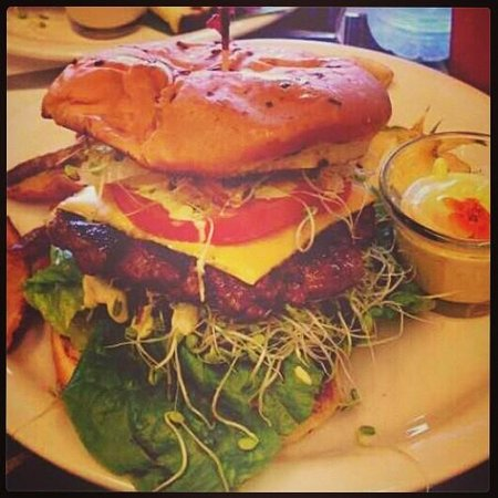 Jus Pound: The Boogie Burger served with the best hand cut fries