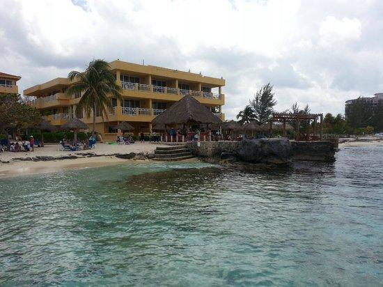 Playa Azul Golf, Scuba, Spa : The Beach