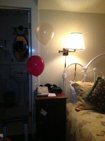 Gosby House Inn - A Four Sisters Inn: baloons for my birthday a nice touch
