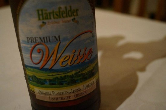 Artemisa: Organic Beer, give it a chance!! it really tastes good