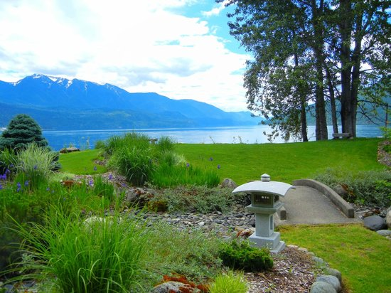 Kohan Reflection Garden: Short drive from Nikkei Internment Memorial Centre