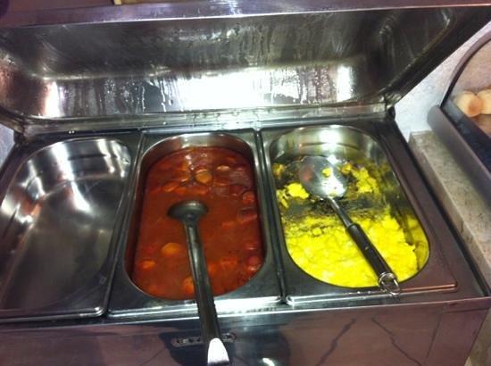 Campinas Residence Apart Hotel : café da manhã: salsicha e omelete