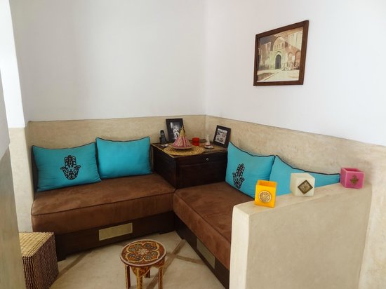 Riad Ghemza: 2nd Lounge corner on groundfloor