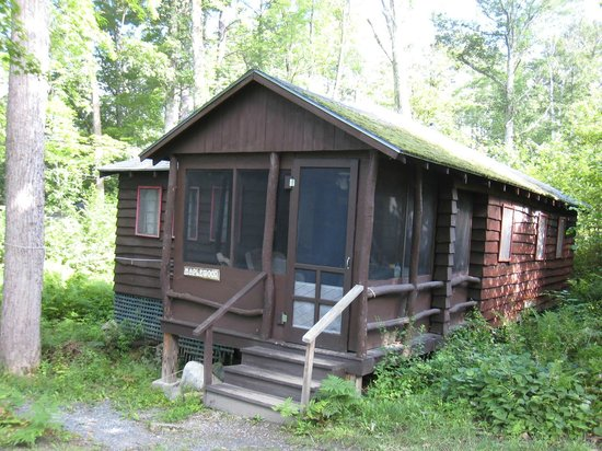 Typical Loch Lyme Lodge cabin