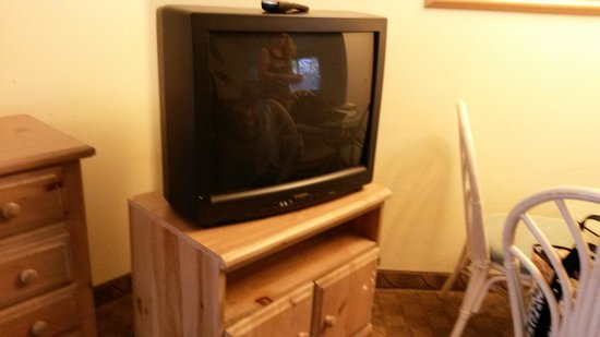 Lighthouse Resort Inn And Suites: TV