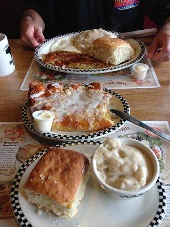 Black Bear Diner: biscuits and gravy, chicken fried steak & their potatoes