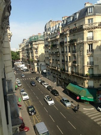 Hotel Lyon Bastille : View from our balcony!