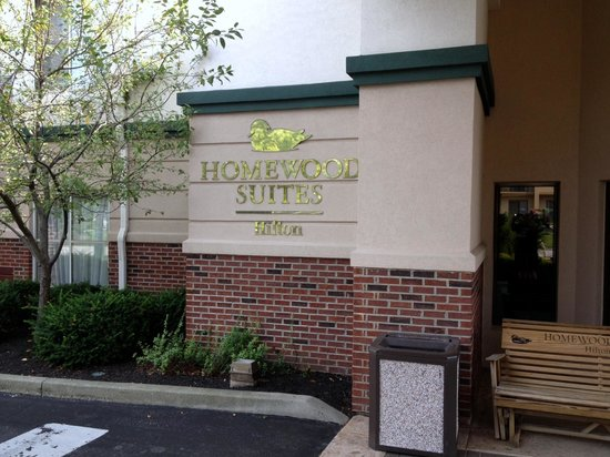 Homewood Suites by Hilton Dayton-South: Just outside the front entrance
