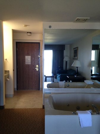 Holiday Inn Express St. Ignace-Lake Front : This is the livingroom area. A wall separates this room from the king size bed