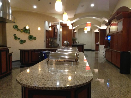 Drury Plaza Hotel Nashville Franklin: Breakfast area