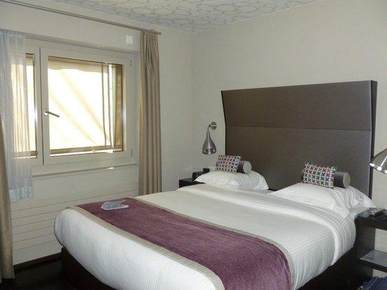 Hotel D - Basel: Bedroom