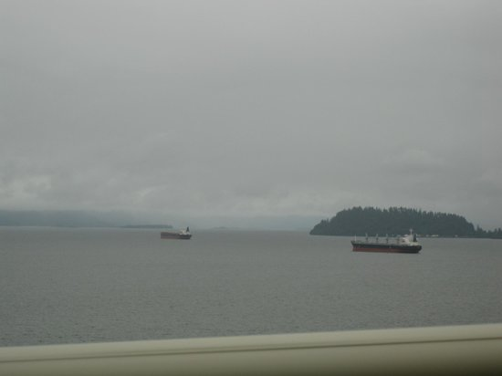 Astoria-Megler Bridge: View from bridge, cloudy day - Astoria bridge