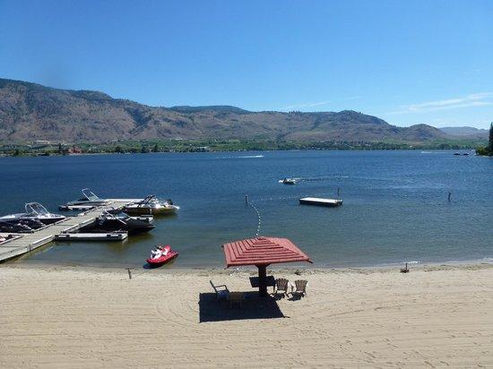 Safari Beach Condo Resort: view of lake