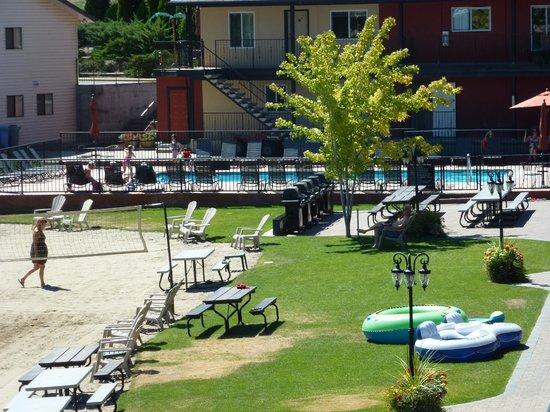 Safari Beach Condo Resort : pool