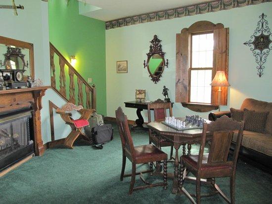 Ravenwood Castle: 1st floor of the King Arthur suite