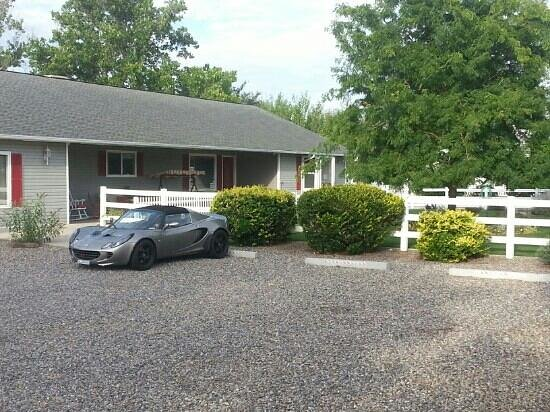 Grand Junction Bed and Breakfast: our first exotic car..Lotus