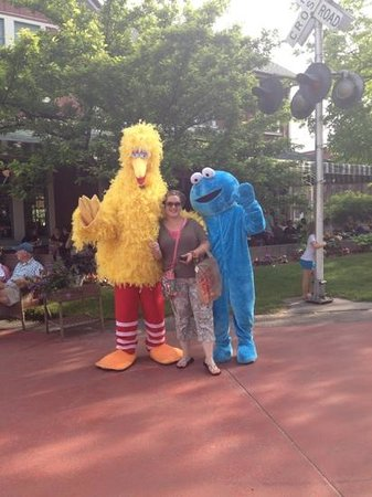 Mackinaw Crossings: characters for photo opps