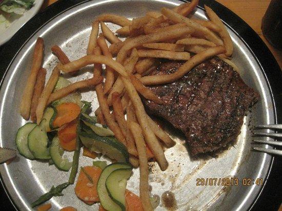 The Grubsteak Restaurant : filet mognion