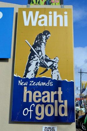 Waihi Martha Mine Pit Rim Walkway: Visitor Center