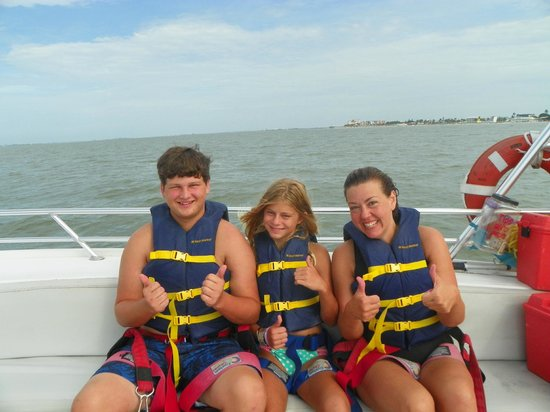 Ranalli Parasail: Getting ready for our adventure