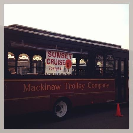 Mackinaw Trolley- Day Tours: sunset cruise