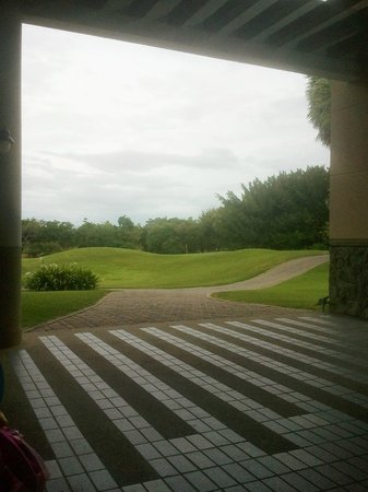 Imperial Lake View Hotel & Golf Club: view from lobby area