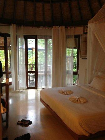 Aana Resort & Spa : sleeping room
