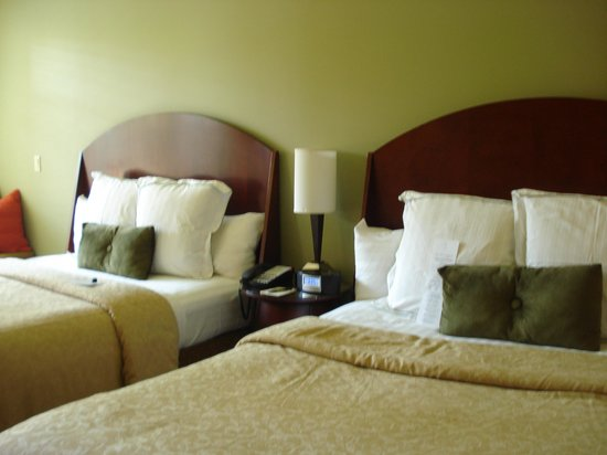 Alderbrook Resort & Spa: comfy beds