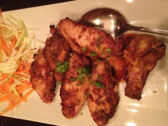 Tandoor Fine Indian Cuisine : Tandoor wings