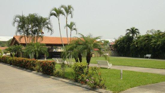 Apart Hotel Villa Nuria - 4