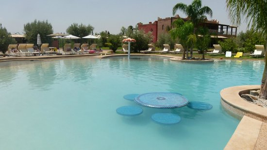 Résidence Habiba : piscine