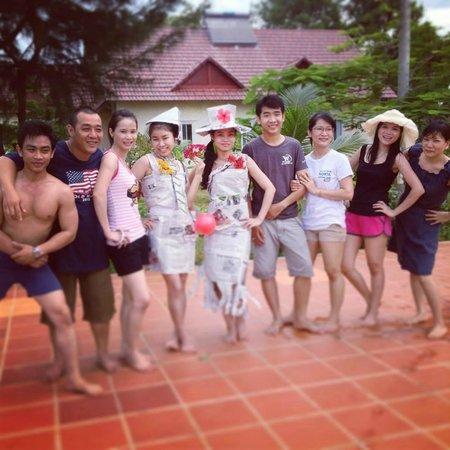 Huong Phong - Ho Coc Resort : Around the pool