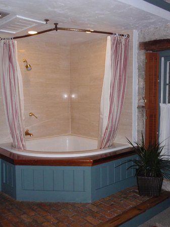 Washington House Inn: Hot Tub